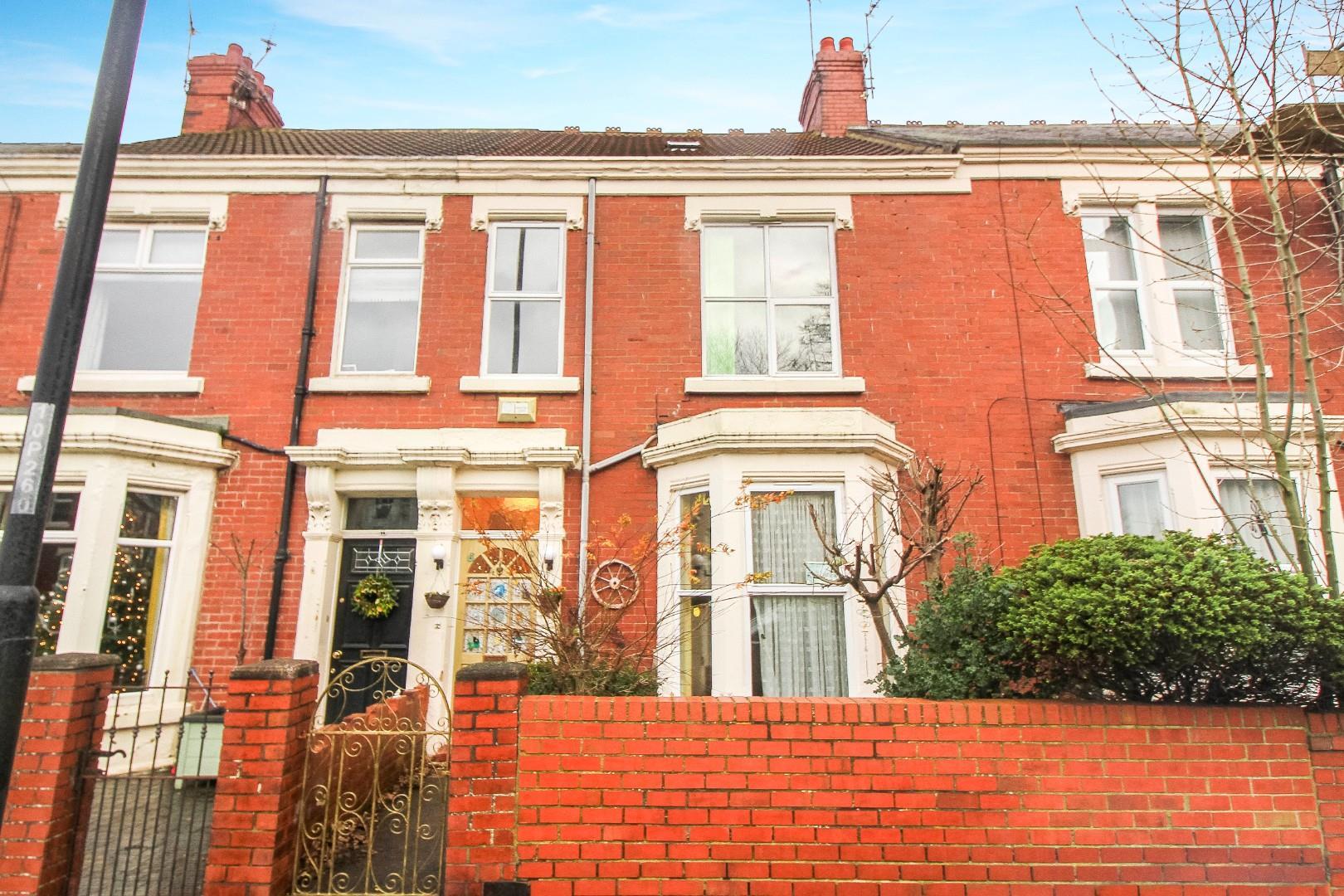 6 House - Terraced